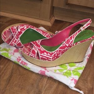 Lilly Pulitzer pink/white espadrille size 10